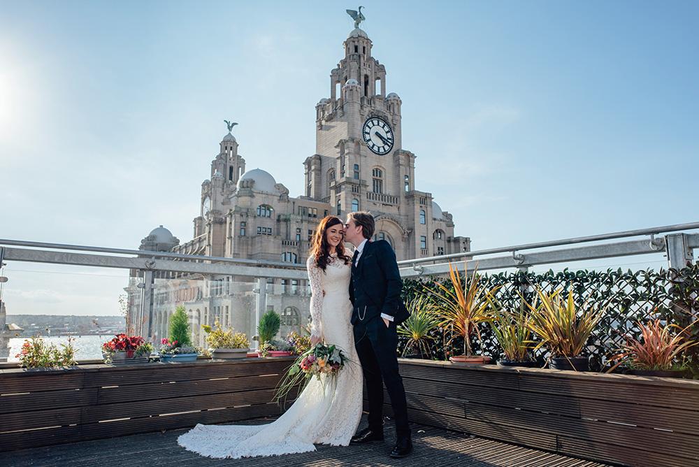 wedding photos oh me oh my liverpool